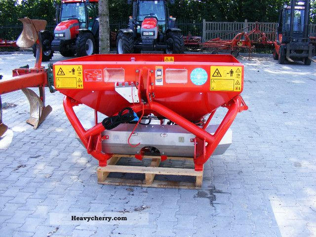 2012 Accord  EL Ecacta Agricultural vehicle Fertilizer spreader photo