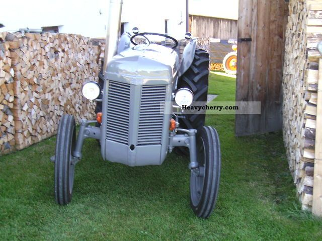 1954 Agco / Massey Ferguson  TEL 20 Agricultural vehicle Tractor photo