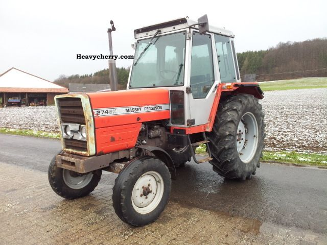 1988 Agco / Massey Ferguson  274 SK Agricultural vehicle Tractor photo