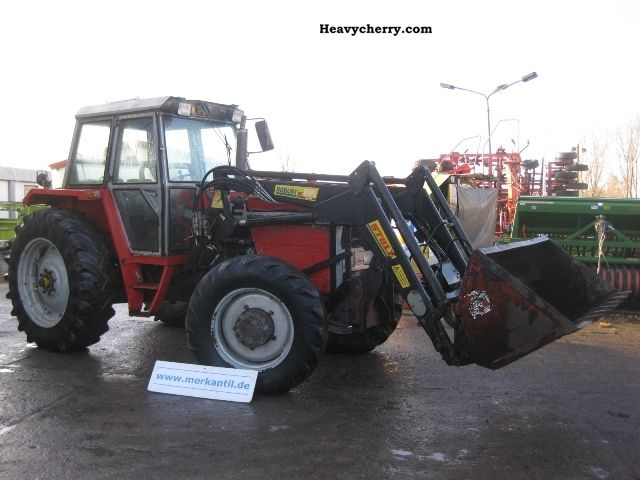 1980 Agco / Massey Ferguson  1114A with front loader Agricultural vehicle Tractor photo