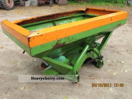2011 Amazone  Zau 1501 and winter service Agricultural vehicle Fertilizer spreader photo
