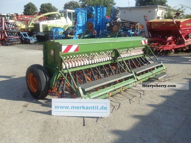 1995 Amazone  D8-40 Super Agricultural vehicle Seeder photo