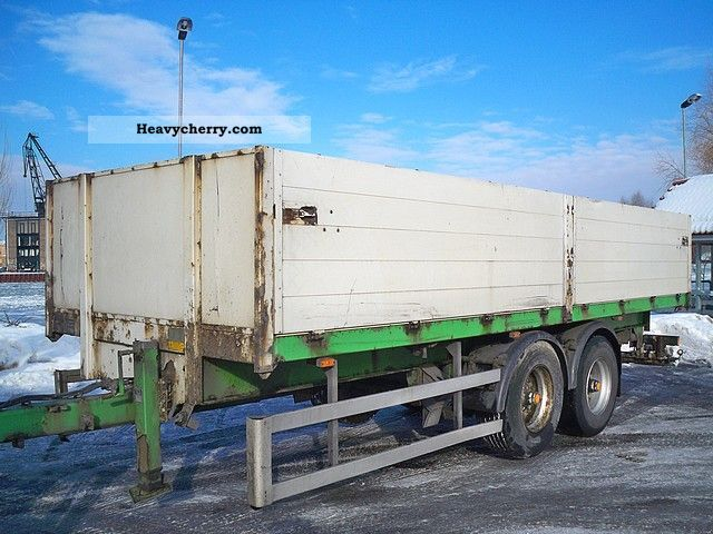 2000 Annaburger  18:02 LT air / elevator building Tandem platform Trailer Stake body photo