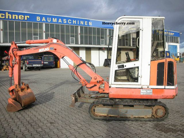 1995 Atlas  604 Construction machine Mini/Kompact-digger photo