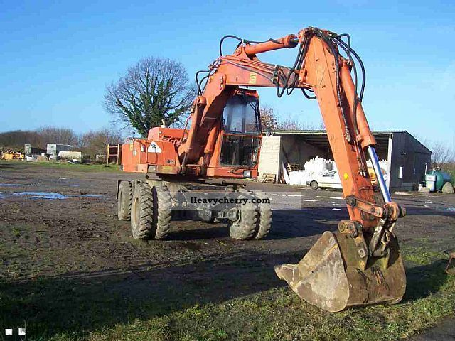 1993 Atlas  1204 Construction machine Mobile digger photo