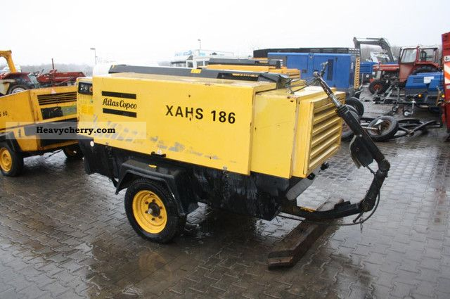 2000 Atlas  XAHS Copco compressor 186 Construction machine Other construction vehicles photo