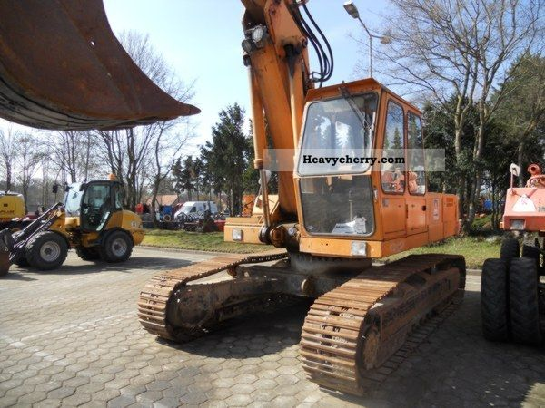 2011 Atlas  AB 1704R Construction machine Caterpillar digger photo