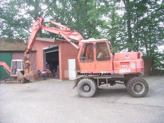 1991 Atlas  1304 Construction machine Mobile digger photo