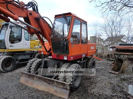 1991 Atlas  1404 Construction machine Mobile digger photo