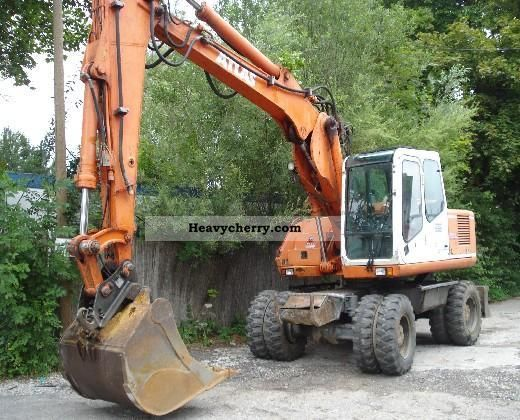 1999 Atlas  1604K Construction machine Mobile digger photo