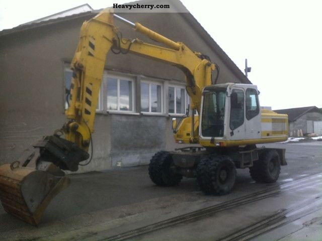 2000 Atlas  1604 Construction machine Mobile digger photo