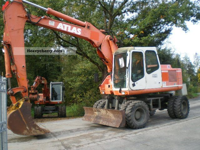 1996 Atlas  1604 K, 2x Tieflöfel Construction machine Mobile digger photo
