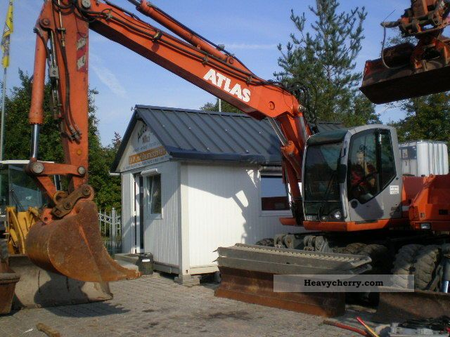 2011 Atlas  2205 M Construction machine Mobile digger photo