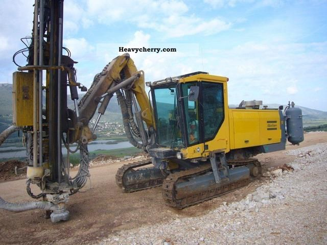 2003 Atlas  F7 Construction machine Drill machine photo