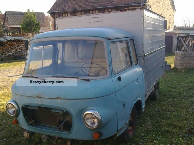 1982 Barkas  B 1000 Case Van or truck up to 7.5t Other vans/trucks up to 7,5t photo