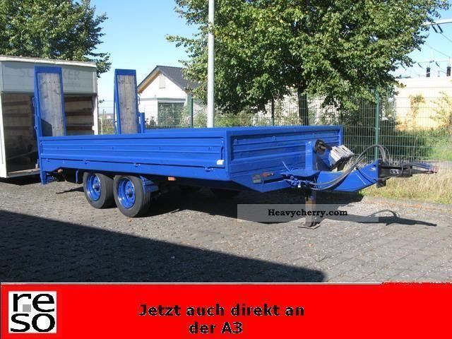 1995 Blomenrohr  Blomenröhr TP8-loader trailer with ramps tandem 8to Trailer Low loader photo