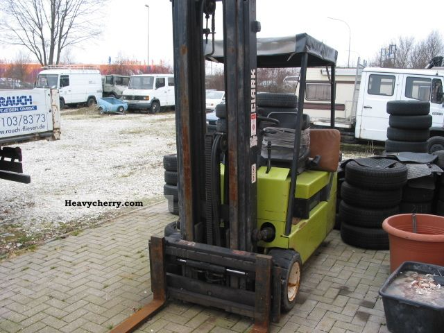 1995 Clark  CTM 20 with side shift Forklift truck Other forklift trucks photo