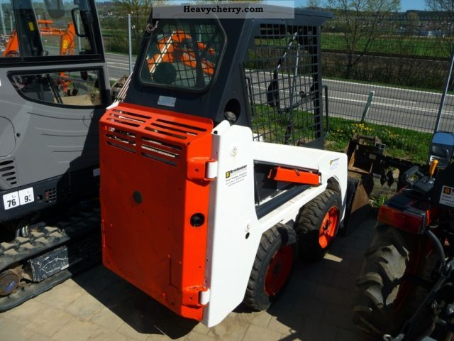 2003 Bobcat  463 Skid Steer Construction machine Wheeled loader photo