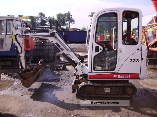 2005 Bobcat  323 Construction machine Mini/Kompact-digger photo