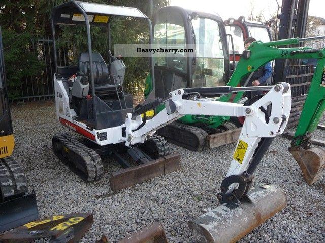 2009 Bobcat  319 K. Construction machine Mini/Kompact-digger photo