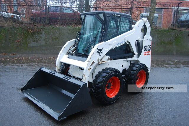 2006 Bobcat  S205 Construction machine Wheeled loader photo