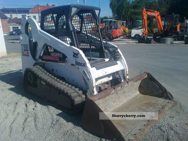 2011 Bobcat  T190 Construction machine Wheeled loader photo