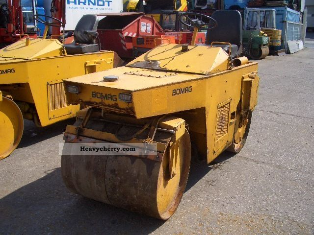 1976 BOMAG  BW 90 A tandem vibratory roller Construction machine Rollers photo