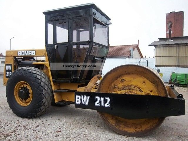 1981 BOMAG  BW 212 - roller with vibration! Construction machine Rollers photo