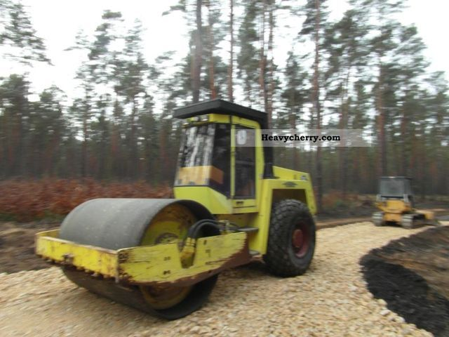 1996 BOMAG  BW 213 D-2 Construction machine Rollers photo