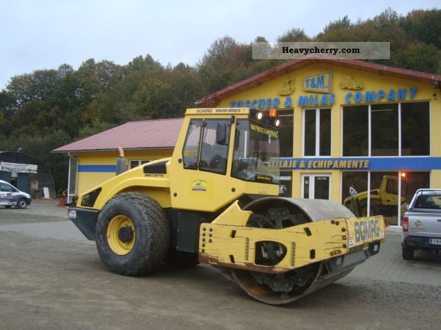 2004 BOMAG  BW 213DH-4, VARIOCONTROL Construction machine Rollers photo
