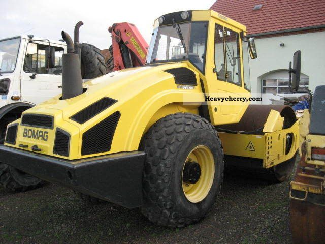 2006 BOMAG  BW 213 DH - 4 Construction machine Rollers photo