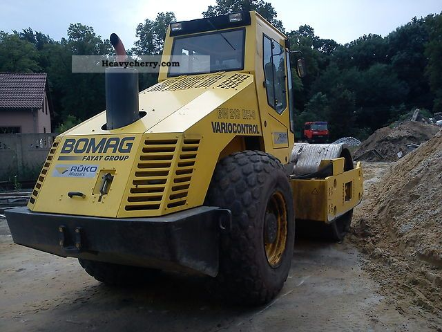 2004 BOMAG  BW 213 DH-3 Poligon Construction machine Rollers photo