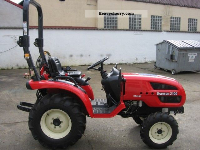 2011 Branson  2100 Agricultural vehicle Tractor photo