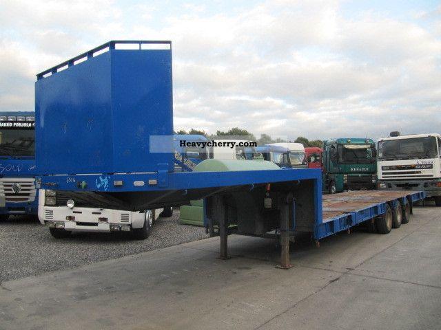 1980 Broshuis  FULL STEEL SUSPENSION / EXTANDABLE Semi-trailer Low loader photo