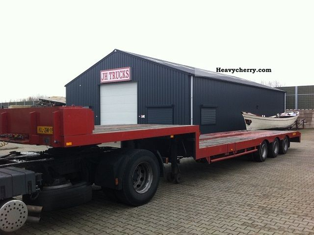 1992 Broshuis  3-AXIS Semi-trailer Low loader photo