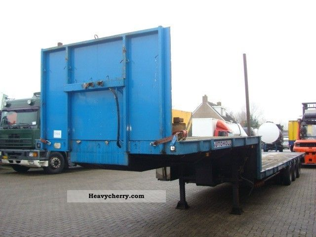 1979 Broshuis  SEMI DIEPLADER 3-AS Semi-trailer Low loader photo