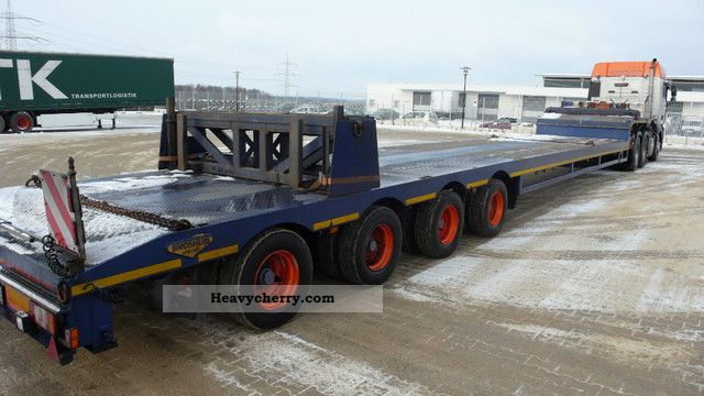2001 Broshuis  4ABSD58 4-axle semitrailer Semi-trailer Low loader photo