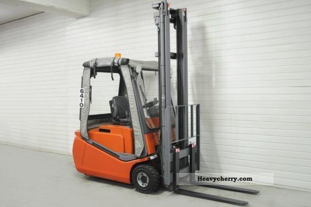 2002 BT  CBE 16T, SS, HALF CABIN ONLY 5109Bts! Forklift truck Front-mounted forklift truck photo