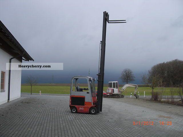 2007 BT  C4E 160NL Forklift truck Front-mounted forklift truck photo