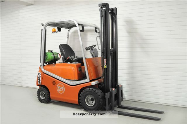 2006 BT  C4G 150 D, SS, FREE LIFT, 6120 Bts. Forklift truck Front-mounted forklift truck photo