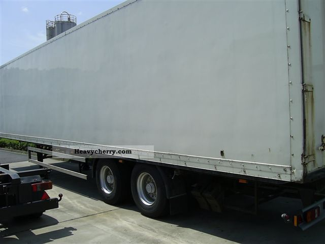 1995 Bunge  2-axle semitrailer with isolated heating Trailer Box photo