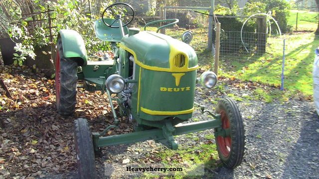 2011 Deutz-Fahr  11er Agricultural vehicle Tractor photo