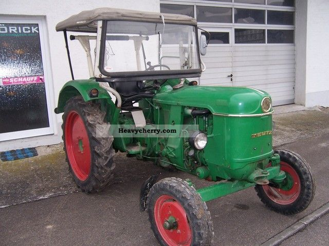 deutz fahr d30 s 1962 agricultural tractor photo and specs. Black Bedroom Furniture Sets. Home Design Ideas