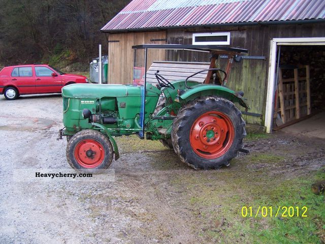 1967 Deutz-Fahr  3005 air-cooled Agricultural vehicle Tractor photo