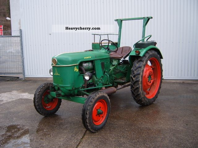 deutz fahr d30 s top 1965 agricultural tractor photo and specs. Black Bedroom Furniture Sets. Home Design Ideas