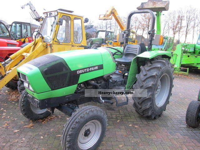 2009 Deutz-Fahr  Agrolux 70 Agricultural vehicle Tractor photo