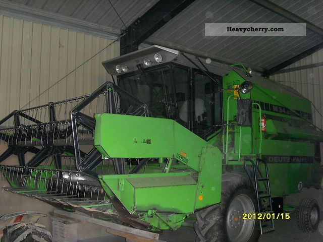 1989 Deutz-Fahr  34.80 M Agricultural vehicle Combine harvester photo