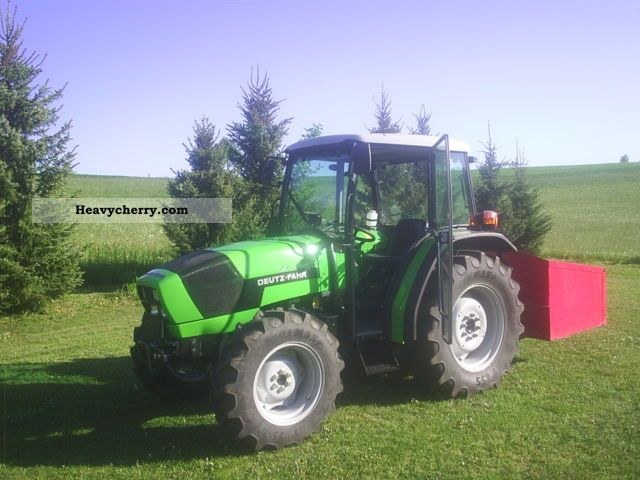 2009 Deutz-Fahr  310 Agrolux Agricultural vehicle Tractor photo