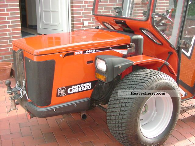 2006 Carraro  4400 HST Agricultural vehicle Tractor photo