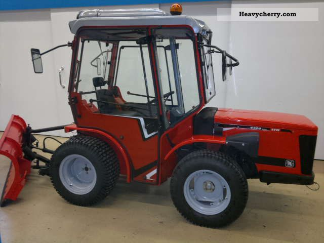 2000 Carraro  HST 4400 Agricultural vehicle Tractor photo